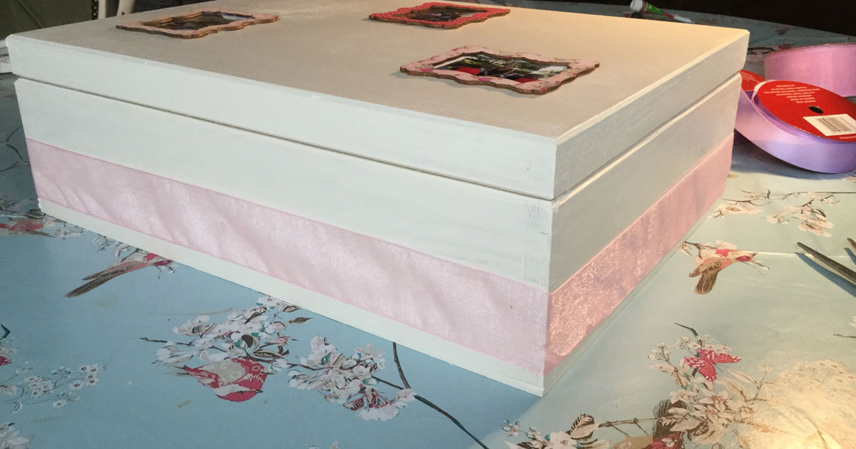 Ribon for the outside of the wooden jewellery box