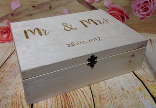 Personalised Wooden Wedding Keepsake Box 34x 23x 10cm